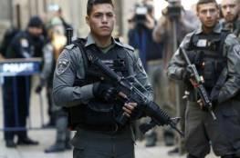 الاحتلال يعتقل مواطنا ويعتدي على آخرين تصدو لاقتحام المتطرف بن جفير لباب العامود