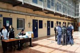 نادي الأسير:إصابات جديدة بـفيروس كورونا بين صفوف الأسرى في سجن النقب