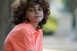 """فيديو .. الطفل الفلسطينى زين أبو دقة يهدى أغنية """"شوارع بيروت"""" لشعب لبنان"""