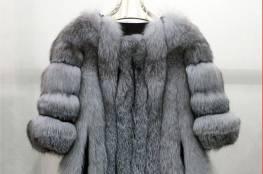 اللون الفضي موضتك هذا الشتاء