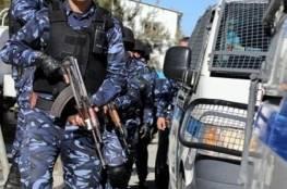 قلقيلية:الشرطة تقبض على شخصٍ فارٍّ من العدالة ومحكوم بالسجن 9 سنوات