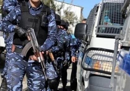 القبض على تجار مخدرات احتجزوا رهائن وأصابوا مواطنين في الجلزون