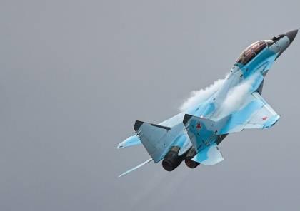 """الجيش الروسي: سقوط طائرة """"سو-35 إس"""" في بحر أوخوتسك بعد تعطل أحد محركيها ونجاة الطيار"""