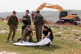 الاحتلال يجرف مساحات واسعة من أراضي المواطنين في قلقيلية