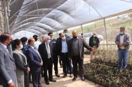 وزير الزراعة ومحافظ بيت لحم يفتتحان مشتل العبيدية الزراعي