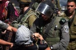 الاحتلال يعتقل سيدة ونجليها خلال تصديهم لاختطاف طفلة من قبل مستوطنين بالخليل
