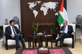 اشتيه يوضح موقف القيادة الفلسطينية من قرارات الرئيس التونسي الاخيرة