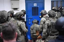 اللجنة العربية الدائمة لحقوق الإنسان تطالب بإرسال لجنة تحقيق دولية لسجون الاحتلال