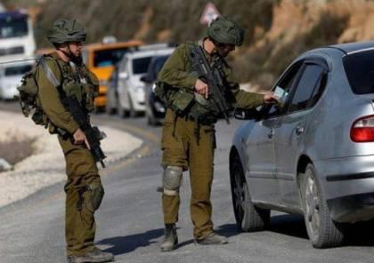 الاحتلال ينصب حواجز عسكرية ويكثف انتشاره في الخليل