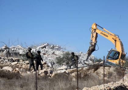 السلطات الإسرائيلية تهدم منزلا في قلنسوة