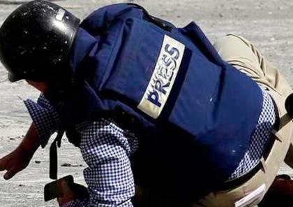 نقابة الصحفيين تستنكر استهداف الصحفيين في مسيرات العودة بشكل متعمد