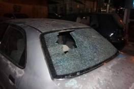 مستوطنون يعتدون على مركبات المواطنين في نابلس