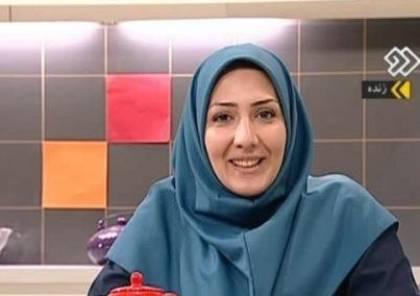 """مذيعة تلفزيونية إيرانية لمشاهديها: """"سئمت الكذب عليكم، اعتذر واقدم استقالتي"""""""
