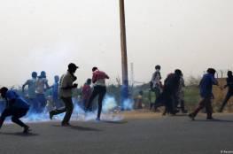 الشرطة السودانية تطلق الغاز المسيل للدموع على عشرات المحتجين في الخرطوم