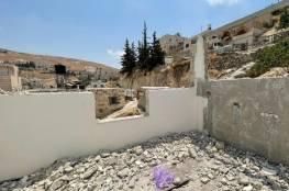 الاحتلال يجبر المقدسي علي شقيرات على هدم بيته بيده في القدس