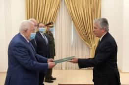 الرئيس يتقبل أوراق اعتماد سفير تشيلي وممثل البرازيل والهند لدى فلسطين