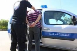 الشرطة تقبض على مشتبه به بسلب مركبات في بيت لحم