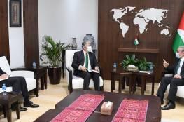 رئيس الوزراء يبحث مع السفير البرازيلي تعزيز التعاون