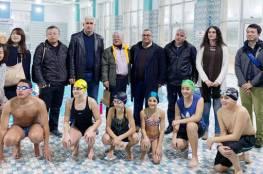 اتحاد السباحة يستقبل وفداً يابانياً ويطلعه على واقع اللعبة