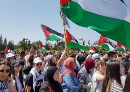 مثقفون فلسطينيون يناشدون نواب المشتركة تعليق عضويتهم بالكنيست