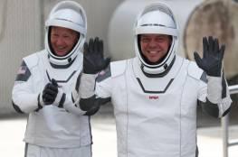 """رائدا """"سبيس إكس"""" يعودان إلى الأرض في """"آب"""" بعد رحلة تاريخية للفضاء"""