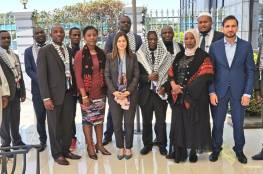 السفيرة جرار تطلع مسؤولين في مالاوي على آخر التطورات السياسية