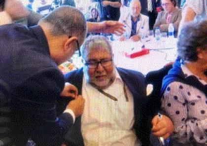 الرئيس يمنح الشاعر والأديب أمجد ناصر وسام الثقافة والعلوم والفنون