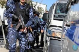 الشرطة بغزة تفتح تحقيقاً بشأن فيديو يظهر سيدة داخل أحد المنتجعات بشكل فاضح