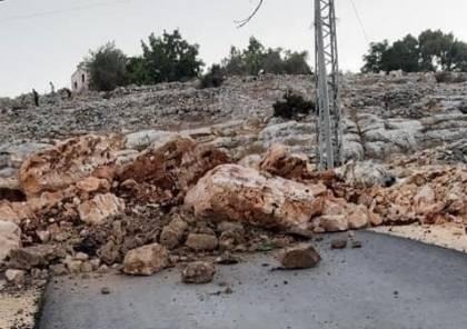 جنين: الاحتلال يغلق مدخل يعبد الغربي وطرقا فرعية بالسواتر الترابية