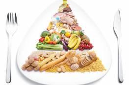 أخصائيي تغذية يحدد المواد الغذائية اللازمة لصحة الأسنان والجلد والشعر