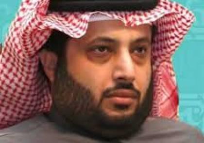 تركي آل الشيخ مع ولي العهد السعودي: أغلى تكريم لي في حياتي...صورة