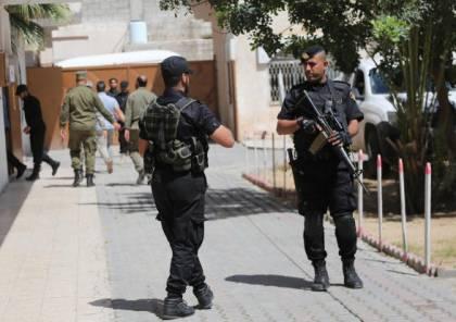 الداخلية توضح ملابسات أزمة الإيطاليين الثلاثة في غزة