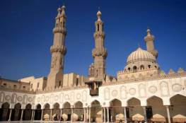 """مصر: إيقاف صلاة الجماعة والجمعة وإغلاق الكنائس تحسبا من تفشي """"كورونا"""""""