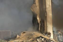"""""""السقف يسقط والراهب يهرب""""... شاهد: فيديو مروع لما فعله انفجار بيروت في كنيسة"""