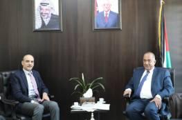 وزارة العدل تطالب المواطنين برفع قضايا ضد اعتداءات المستوطنين أمام القضاء الفلسطيني