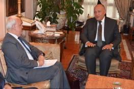 """تفاصيل رسالة وزير الخارجية المصري لـ """"عريقات"""".. والأخير: رسالتك بلسم علاج"""