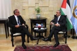 اشتية يستقبل رئيس بعثة الشرطة الأوروبية في فلسطين