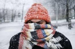 لماذا لا يصاب البعض بنزلات البرد وكيف نصبح مثلهم؟