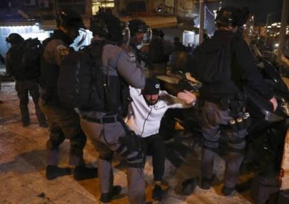 القدس: اعتقالات وإصابات في مواجهات مع الاحتلال أمام باب العامود