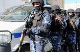 الشرطة تقبض على  أشخاص لعدم التزامهم بالتعليمات في قلقيليه وسلفيت