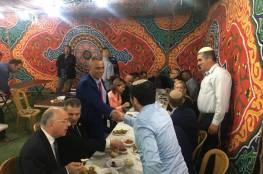 صحيفة عبرية: رجل أعمال فلسطيني يوافق على حضور مؤتمر البحرين.. فمن هو ؟