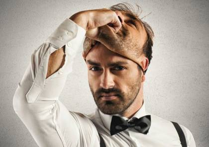 علماء النفس يكشفون عن علامة جديدة لكشف كذب الرجال!