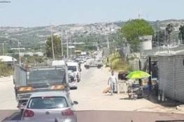 حاجز عسكري على مدخل قلقيلية الشرقي