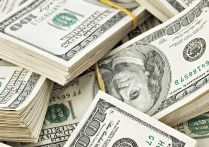 بلغت مليار دولار.. اللاجئون الفلسطينيون يهددون بسحب مبالغ ضخمة من البنوك اللبنانية