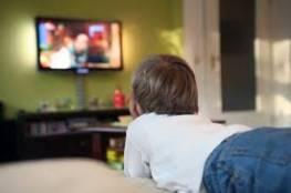 دراسة: النوم قرب التلفزيون يزيد الوزن