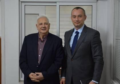 رام الله: الكشف عن تفاصيل اجتماع حنا ناصر مع ملادينوف