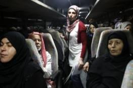 """10 من أهالي أسرى غزة يزورون أبناءهم بسجن """"نفحة"""""""