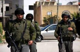 قوات الاحتلال تستبدل السياج الأمني غرب قلقيلية بألواح إسمنتية