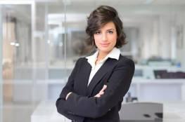 5 أسباب تجعل الارتباط عاطفيا بالمرأة المستقلة أفضل