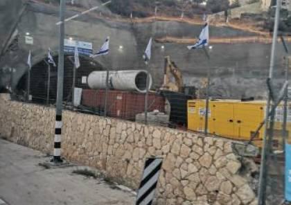 إسرائيل تواصل تنفيذ الاعمال الانشائية لتوسيع شارع الانفاق